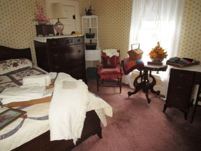 Antique full size bed, chest of drawers & desk, parlor table, antique upholstered chair, antique corner display, basket purses