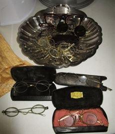 Antique glasses/eyeware