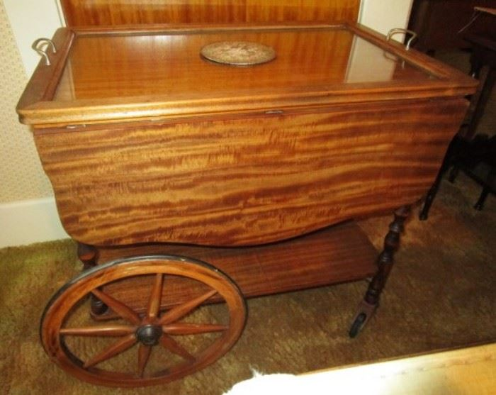 Vintage serving cart w/ removal tray and drop leafs