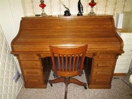 Howard Marshall Dry Good store roll top desk & chair!