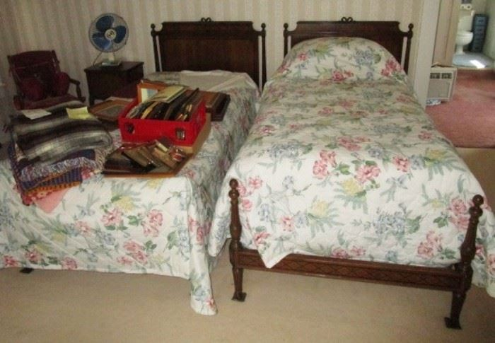 Antique matching twin beds, vintage bedding/linens