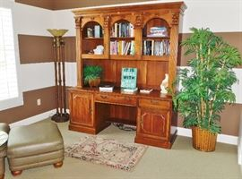 Thomasville Executive office credenza with hutch Thomasville torchiere floor lamp