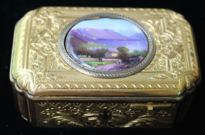 Reuge gilt and hand painted singing bird music box