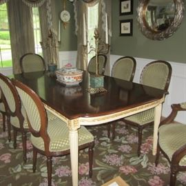ELEGANT CUSTOM DINING TABLE AND 8 CHAIRS-TABLE HAS 2 SELF STORING LEAVES AND ALL PADS!