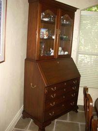 Secretary Desk with Display - there is a secret compartment in the Desk