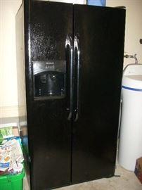Refrigerator - Frigidaire
