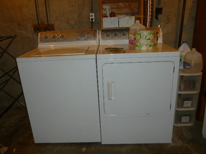 GE Washer & Electric dryer