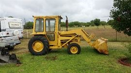 Bulldozer like Tractor