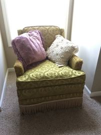 Vintage upholsterd chair