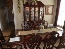 High quality dining set with lighted mirrored china cabinet, table & 8 chairs