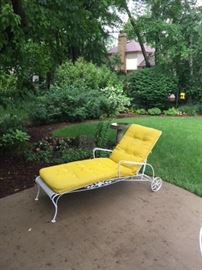 Great vintage chaise lounge chair
