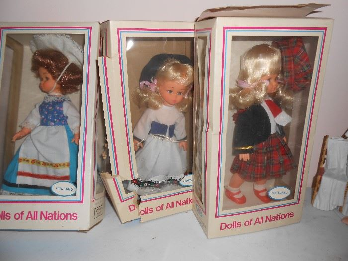 All nations dolls