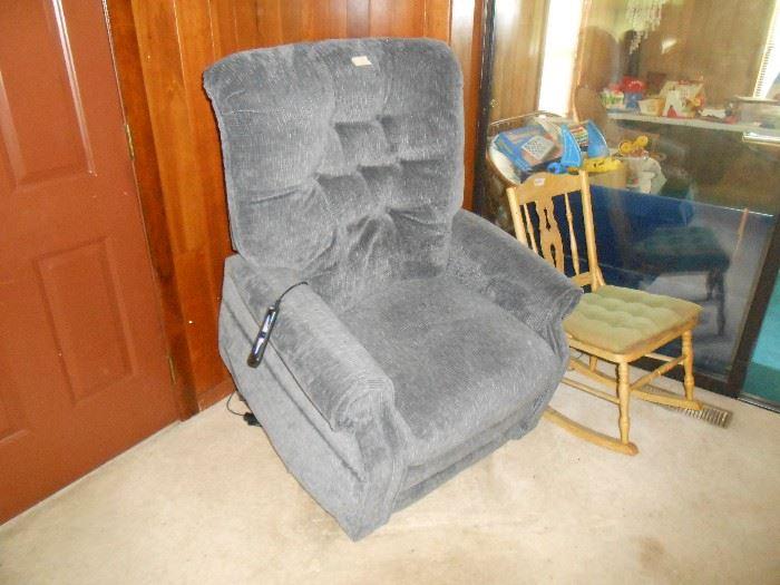 Recliner & lift chair
