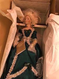 Marie Antoinette - Franklin Heirloom Dolls