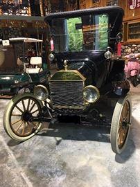 1915 Model T Touring