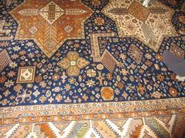 Fabulous vintage hand woven wool rug