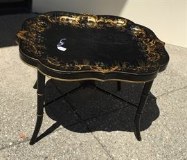 Regency Chinoiserie Japanned Papier Mache Tray Table