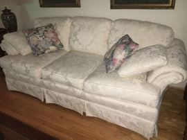 Lovely traditional white sofa by Highland House.