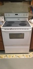 great condition glass top oven range