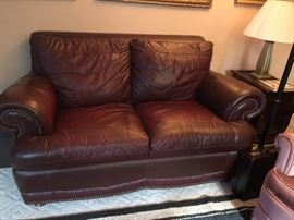 Burgundy Leatherlove seat