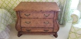 darling little chest of drawers