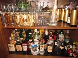 LOTS OF GREAT BAR WARE AND SWANKY SWIGS