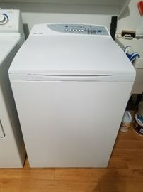 Fisher & Paykel Ecosmart Washer -  Excellent condition and clean. $110 - PRESALE ON THIS ITEM. CALL IF INTERESTED.