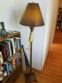 Vintage Lamp with Pineapple Design