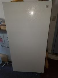 Kenmore Upright Freezer - Medium size - clean and good condition - PRESALE ON THIS ITEM - $110