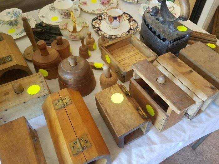 Some of the many wooden Antique Molds - Primitives