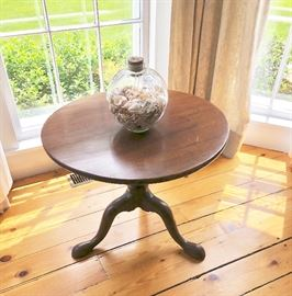 "c. 1790 IRISH MAHOGANY SIDE TABLE. This was shortened at some point in its life, and fortunately so well it's hardly noticeable.  In very good condition.  Measures 25 ½"" in diameter at top x 20 ½"" high."