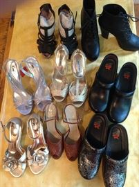 Sizes 8-11 ; 2 new pairs of Dansko size 41 with insoles.