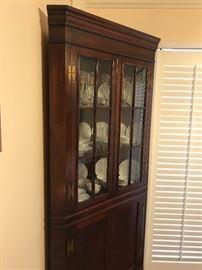Corner cabinet (#1)