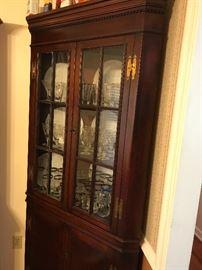 Corner cabinet (#2)