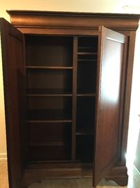 Large masculin cherry armoire, part of set