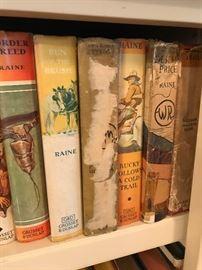 Aprox 300 Old Western Novels
