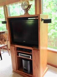 Small Entertainment Center that Swivels with Sony Bravia TV & Bose Sound System