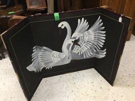 Swan 3 piece foldable screen