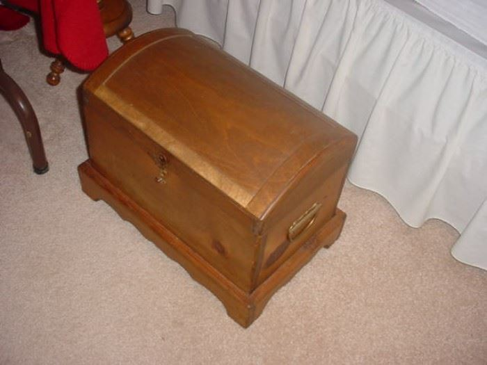 Early childs treasure chest