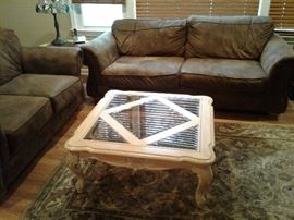 Matching coffee table and side table