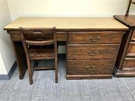 Brandt Ranch Oak Lammert's Child's Desk with Chair