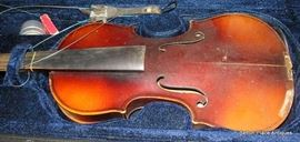 Showing condition of Violin