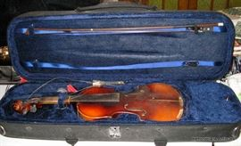 Antonio Stradivarius Violin, needs TLC