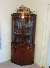 1050's DREXEL CORNER CHINA CABINET WITH STORAGE
