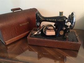 #6Singer model Y8760440 in bent wood box $100.00
