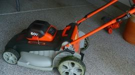 BLACK &  DECKER  MOWER   USED  TWICE