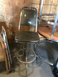 #3	chrome bar stool w silver seat with swivel seat 30 in tall	 $75.00