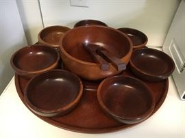 Would salad set on a lazy Susan excellent condition beautiful wood