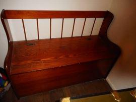 Knotty Pine Chest/Toy Box/Storage