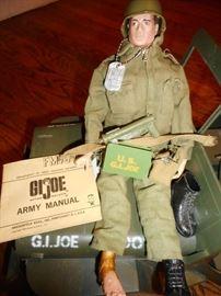 GI JOE 1964 Army Manual, Action Figure, Dog Tags, Accessoreis